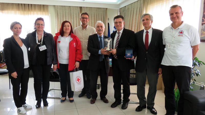 Συνάντηση Πέτροβιτς με τον Πρόεδρο του Ελληνικού Ερυθρού Σταυρού
