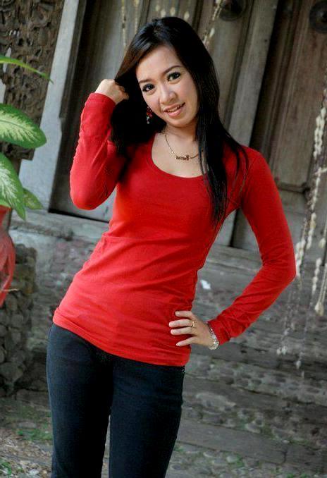Profil & Biodata Lengkap Rena Kdi, Penyanyi Dangdut Monata