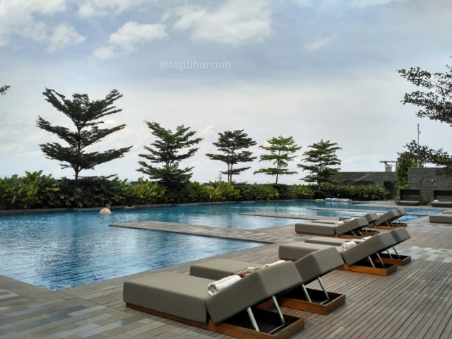 Swimming Pool Alila Solo