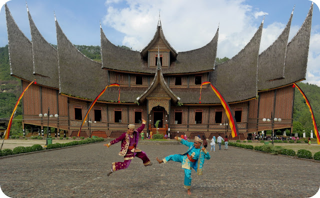 Istano+Pagaruyung+Sumatera+Barat