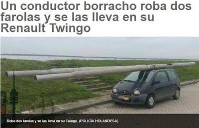 Conductor borracho roba dos farolas ,Renault Twingo