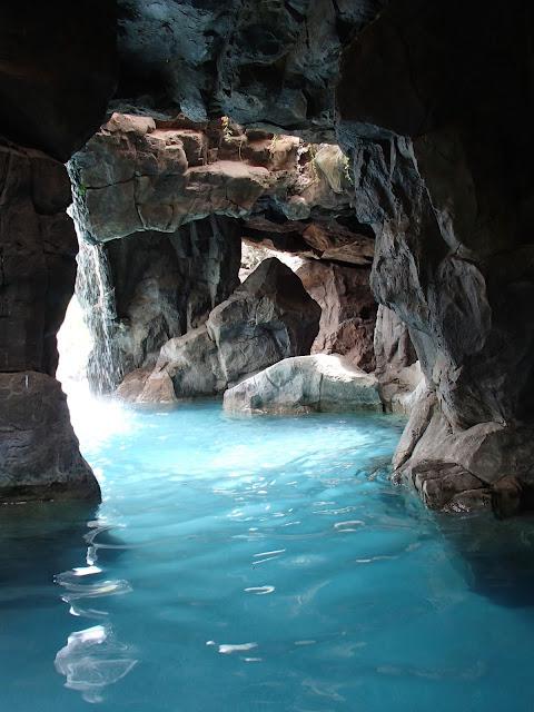 Grand Wailea grotto
