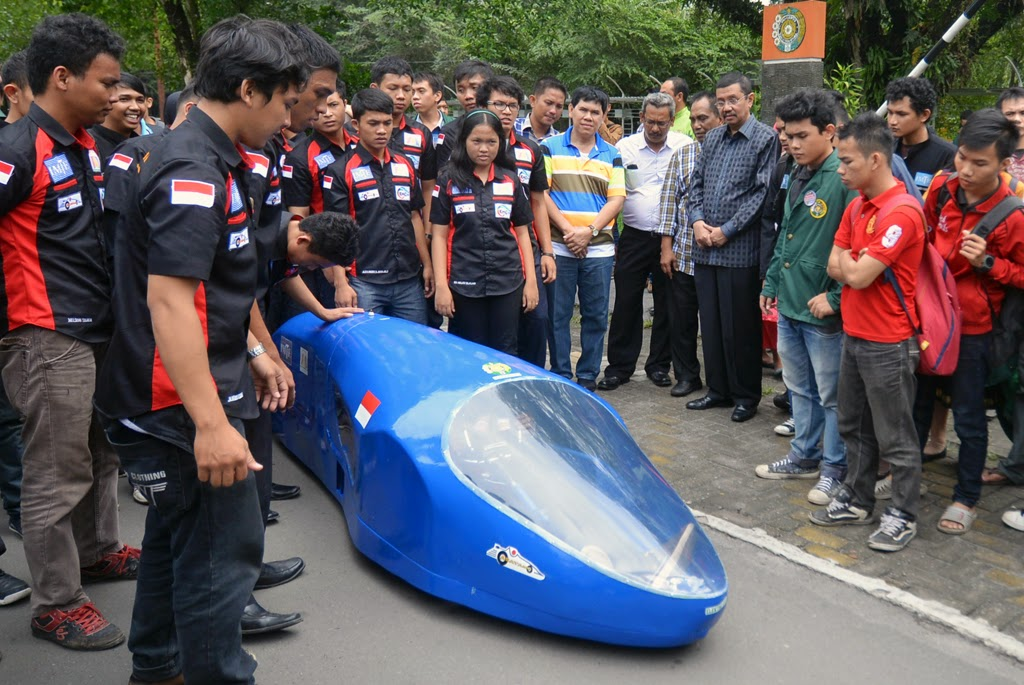 Kini Medan Punya Mobil Listrik