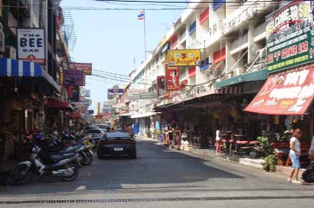 Traveling in Thailaืก