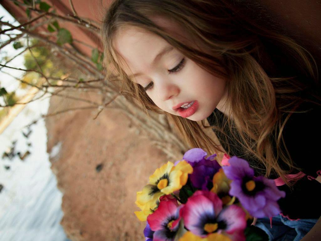 91+ Gambar Anak Kecil Yang Romantis Gratis Terbaru