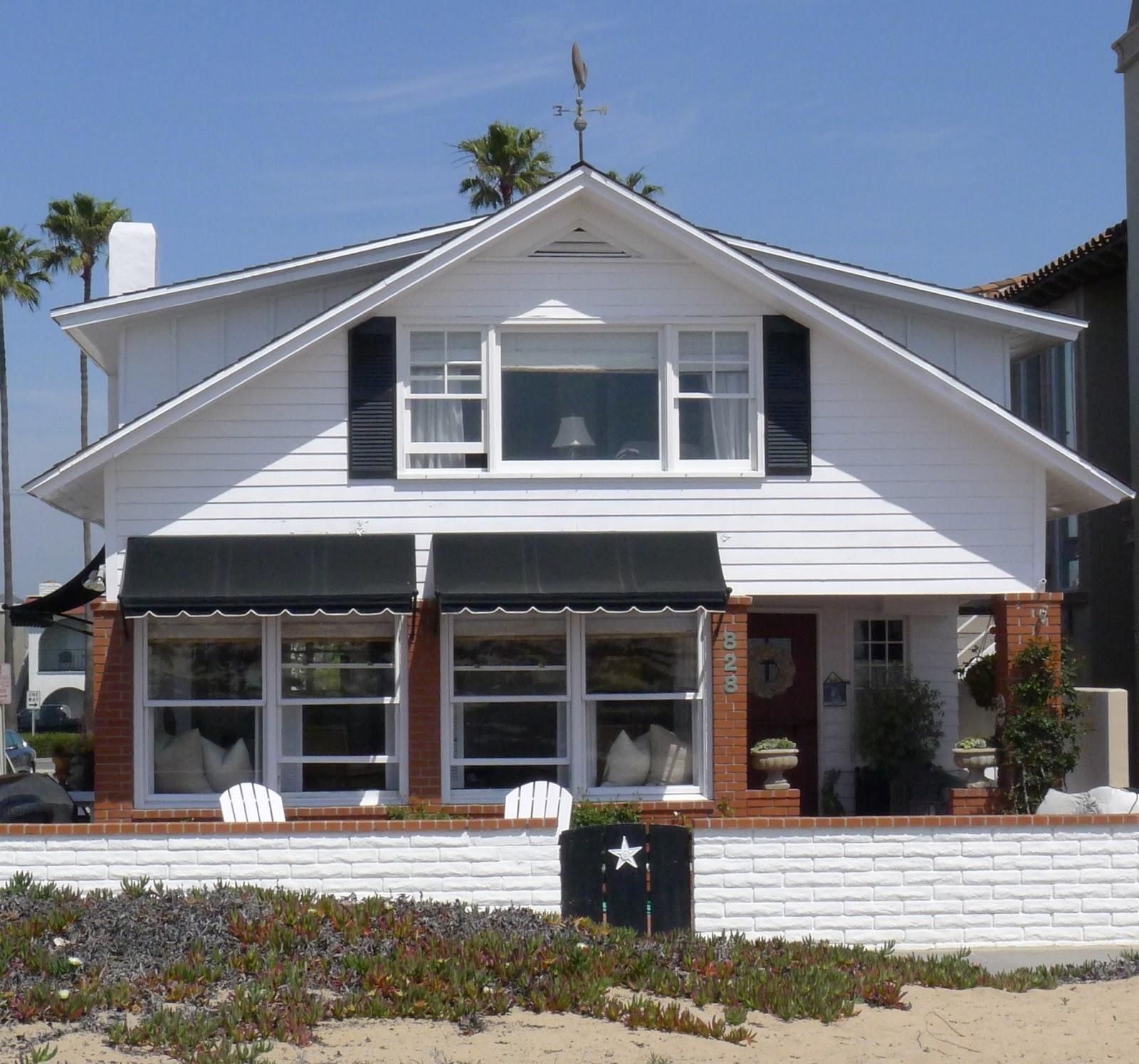 Beach Home Decor: Ciao! Newport Beach: A 1912 Beach Cottage