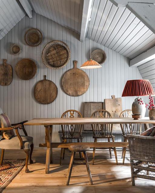 Amenajare rustică într-o mansardă de 100 m² din Bruges