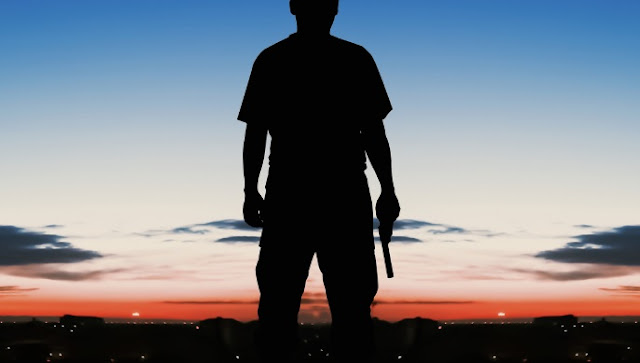 Civil con pistola