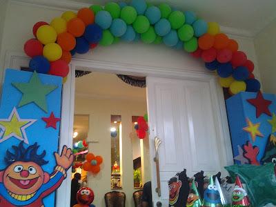 Gate balon & styrofoam ulang tahun tematik