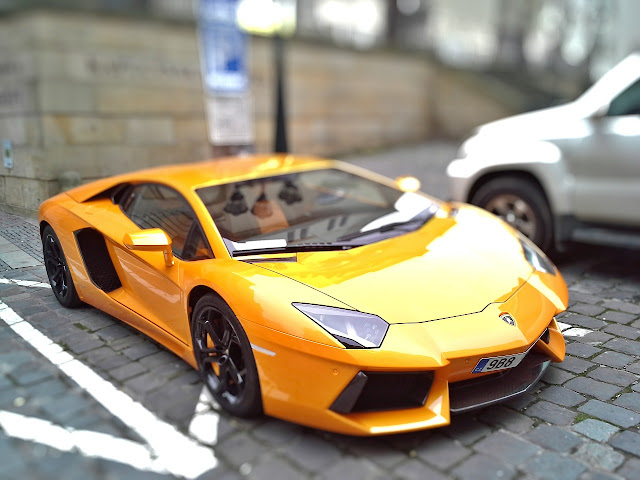 Lamborghini藍寶堅尼-超跑車