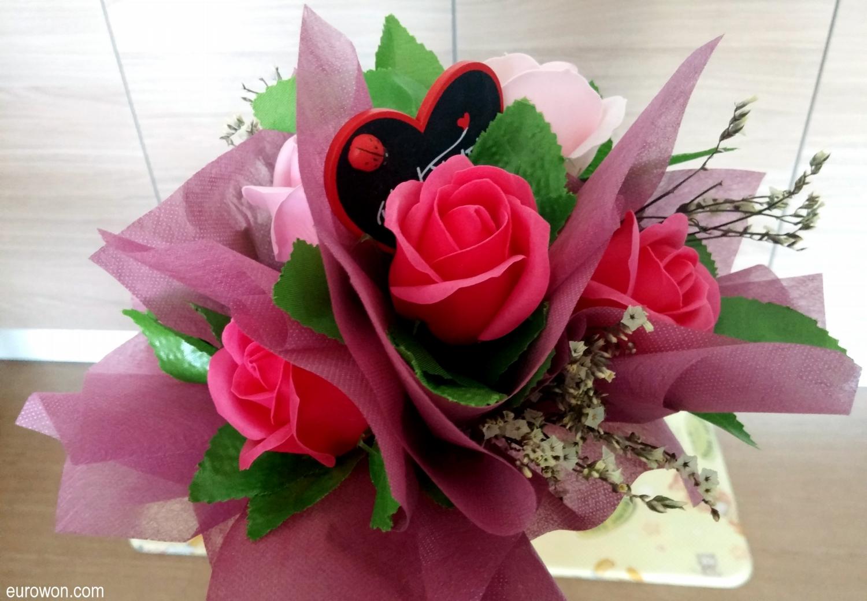 Flores de jabón para la graduación de la guardería