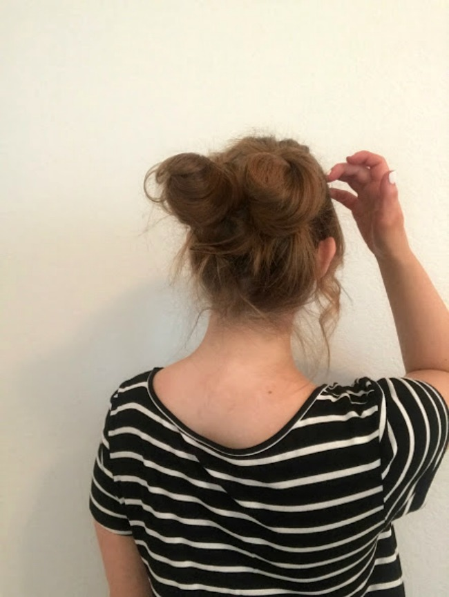 Messy Space Bun Tutorial