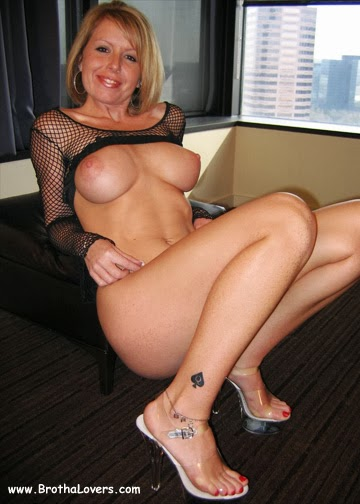Famous hotwife in bachelor party