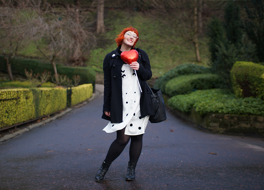 The Whitepepper, Sarah Fisk, Face dress, Boya Shen Photography, Edinburgh, Princes Street Gardens, Galentine's Day, Valentines shoot