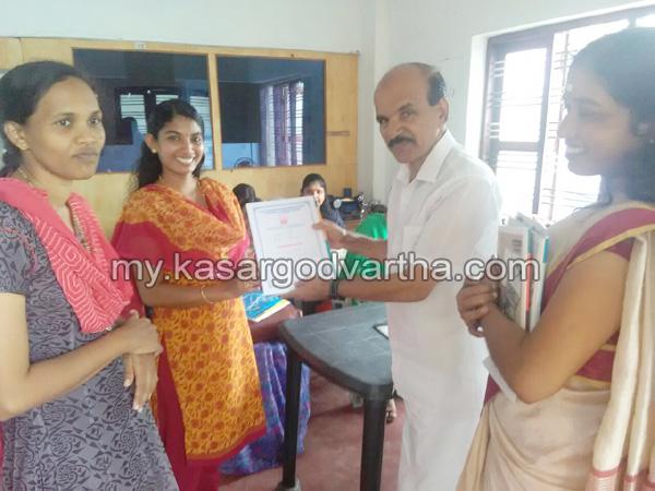 Kerala, News, Kasaragod, Nileshwaram, Certificate distributed.