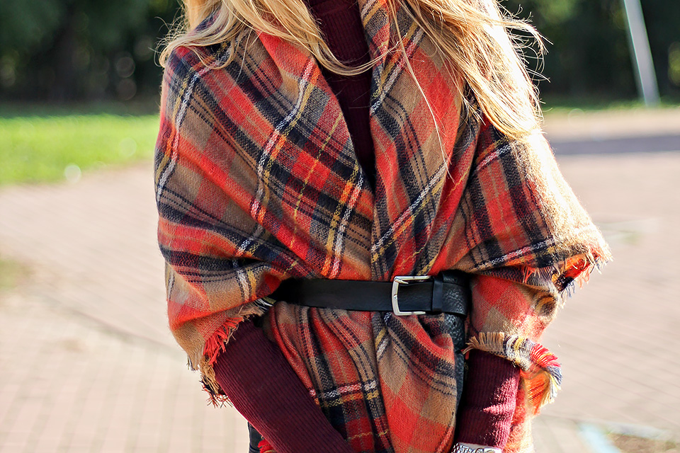 plaid poncho, tartan scarf, fall colors, outfit