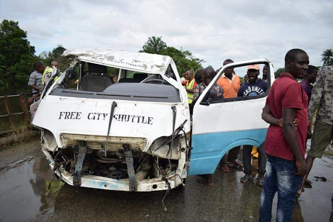 Bus Recovered After Plunging Into River; Passengers Missing, Some Rescued Unconscious