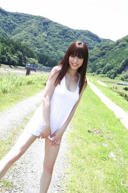 Sugimoto Yumi 杉本有美 Pictures 02
