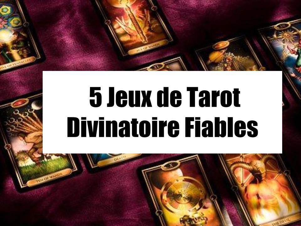 affiche pour le jeu de tarot divinatoire indispensable