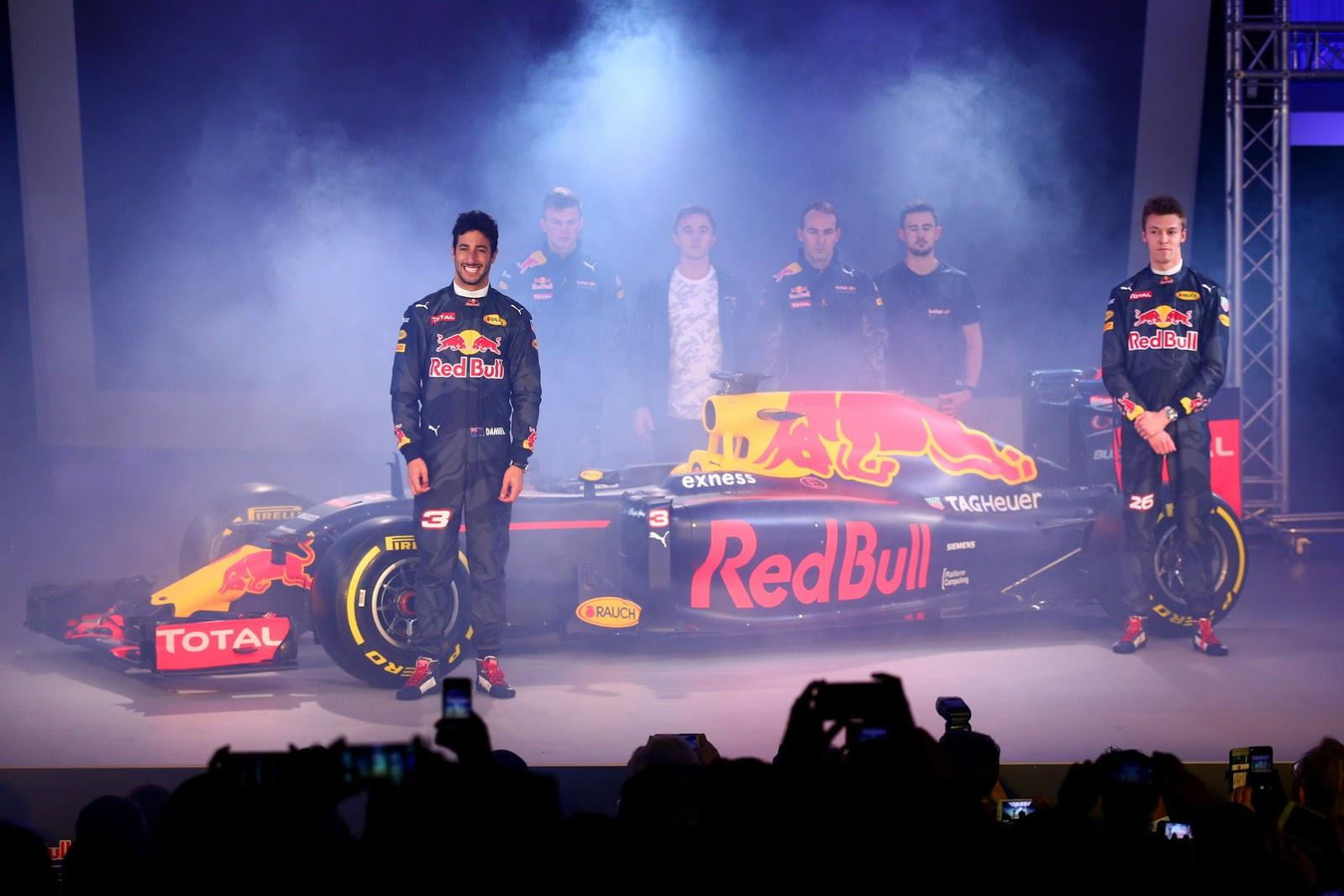 Đội đua Red Bull trình làng F1 Livery 2016 tại London