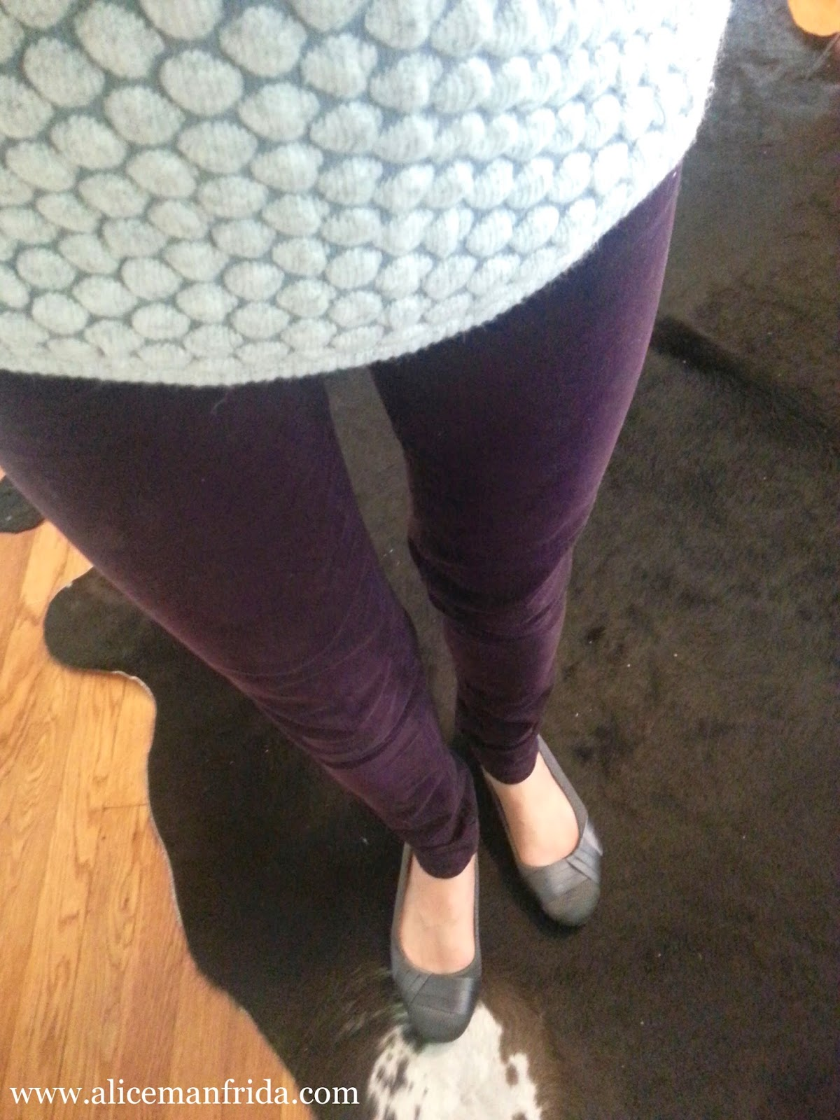 ootd, outfit of the day, purple skinny jeans, H&M, gray