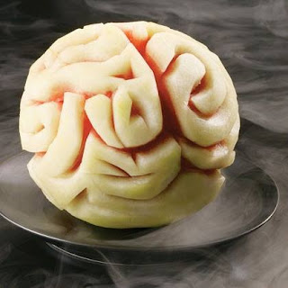 fruta tallada para halloween