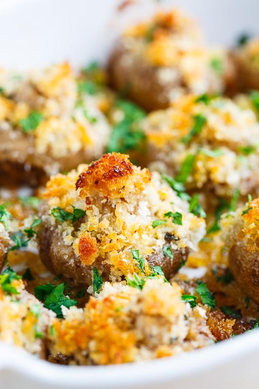 Crispy Buttery Garlic Roasted Mushrooms