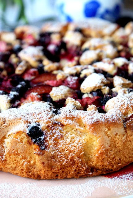 durszlak,sweet family,ucierane cisato z owocami,mrożonki hortex,łatwe ciasto szybkie ciasto,
