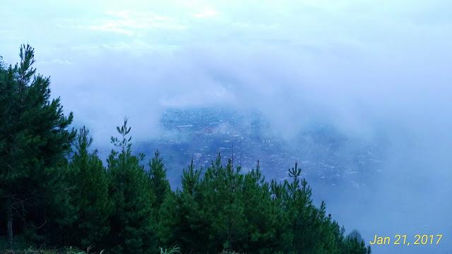 Gunung Banyak Berkabut
