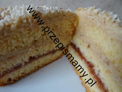 Ciasto korzenne z masą orzechową