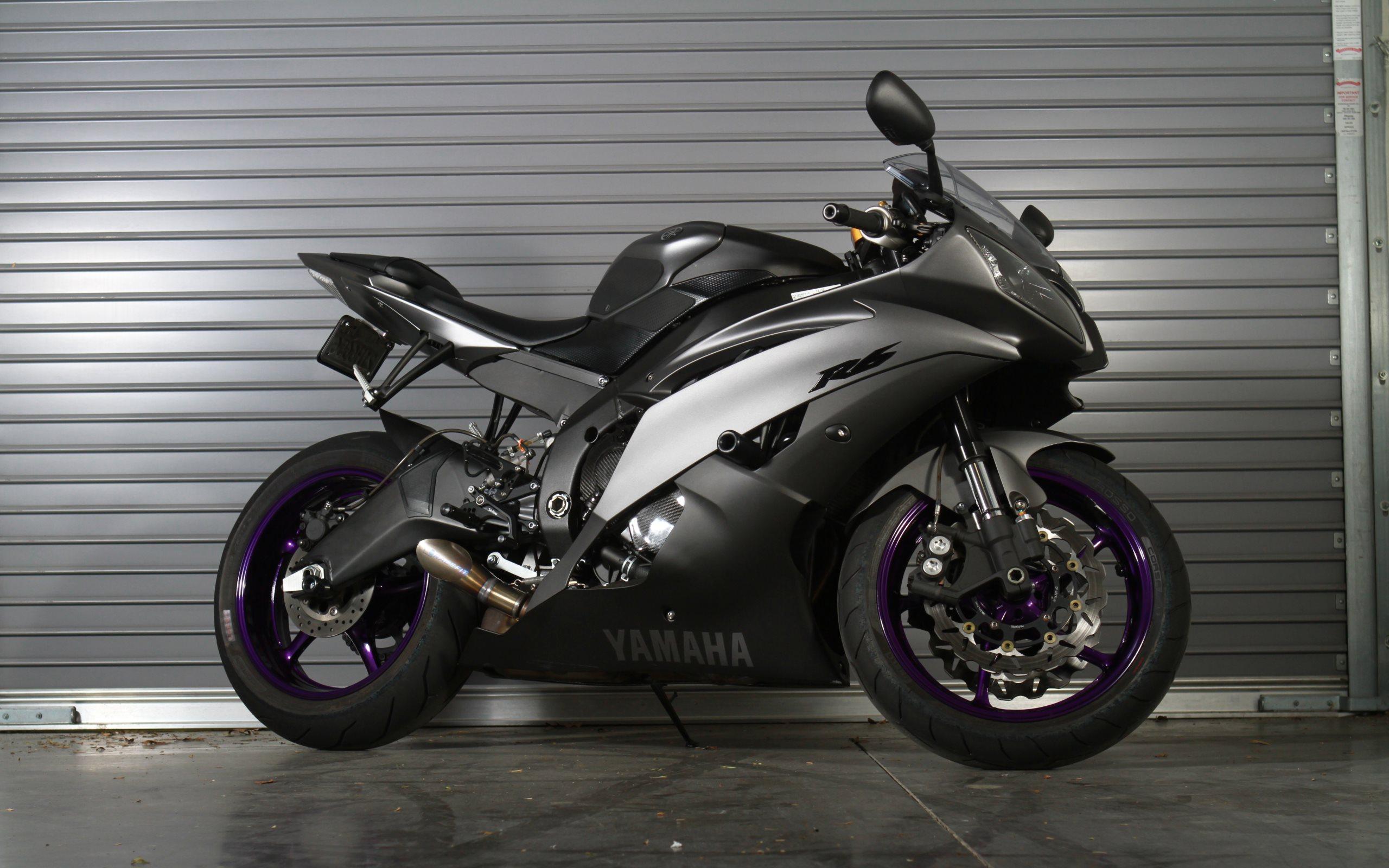 2009 Yamaha YZF-R6 Comparison - Motorcycle USA