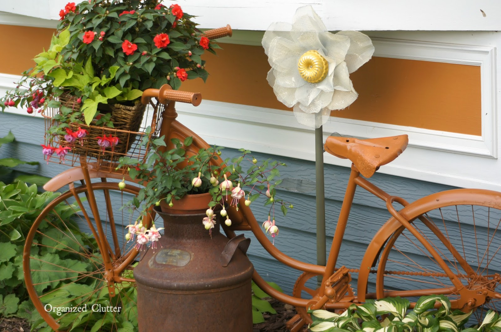 Garden Bike with Shade Loving Annuals www.organizedclutterqueen.blogspot.com