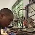 Startup maakt 3D-print-filament van plastic afval in Tanzania