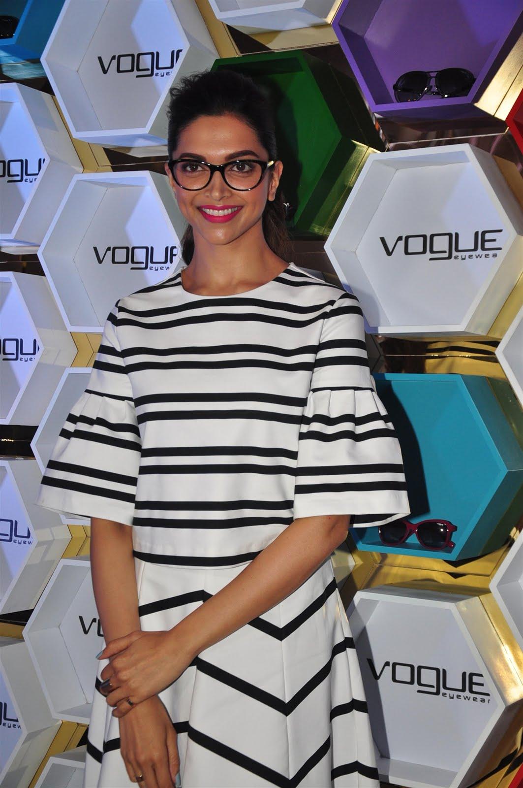 Deepika Padukone Launhes Vogue Eyewear New Capsule -3986