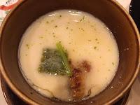 Chawan Mushi - zupa na bazie sosu angielskiego z krewetkami