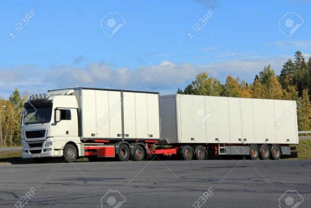 gambar mobil truk gandeng putih