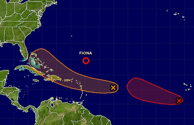 Tropical wave in Caribbean showing signs of strengthening