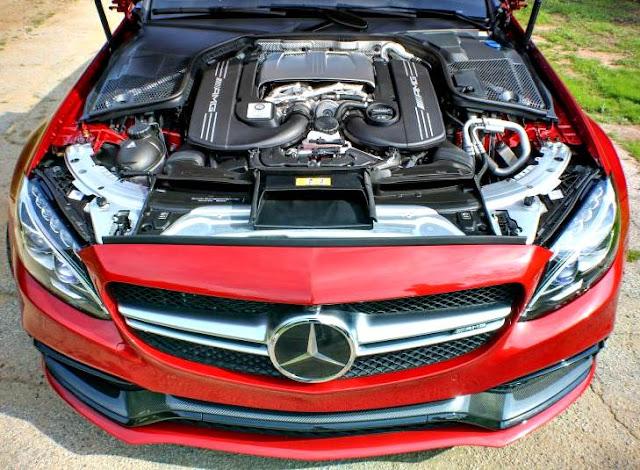 Mercedes-AMG C63 S Cabriolet 2017 motor