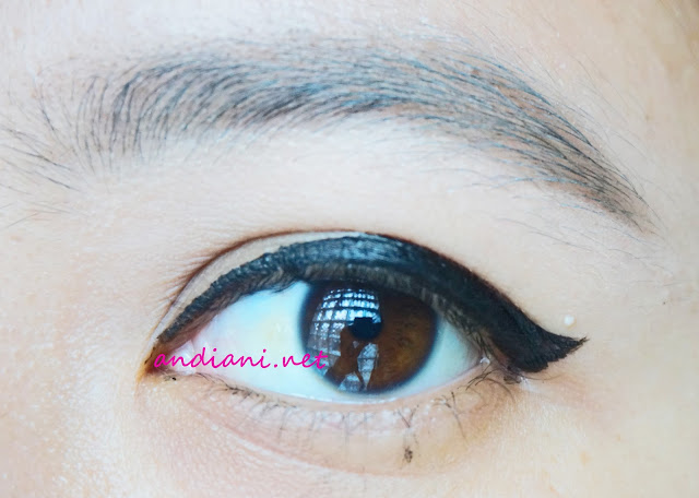 Wardah-EyeXpert -Optimum-Hi-Black-Liner