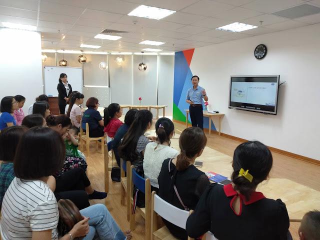 """Diễn giả Nguyễn Quốc Chiến chia sẻ tại hội thảo """"Giúp con tự lập"""""""
