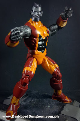 Marvel Legends Colossus - bearded - posturing