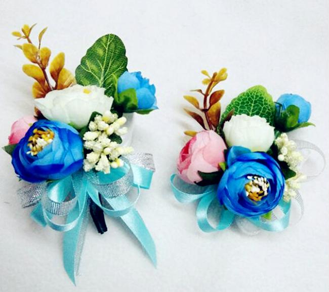 wrist flower corsage
