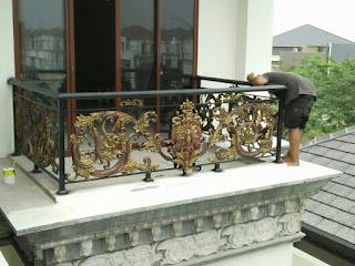 Model Railing Balkon Mewah, Balkon Besi Tempa Klasik