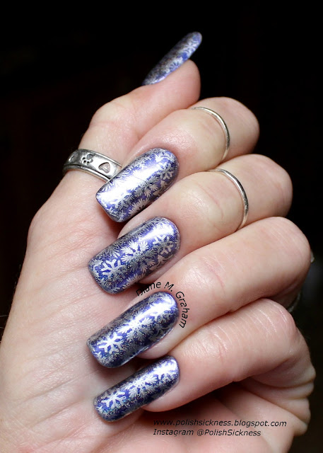Sally Hansen Lustre Shine Allure, Essie No Place Like Chrome, Uber Chic Christmas 01