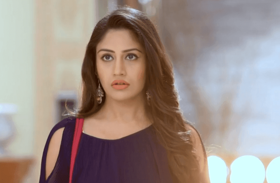 Real NAME and AGE of ISHQBAAZ Actors - Star Plus