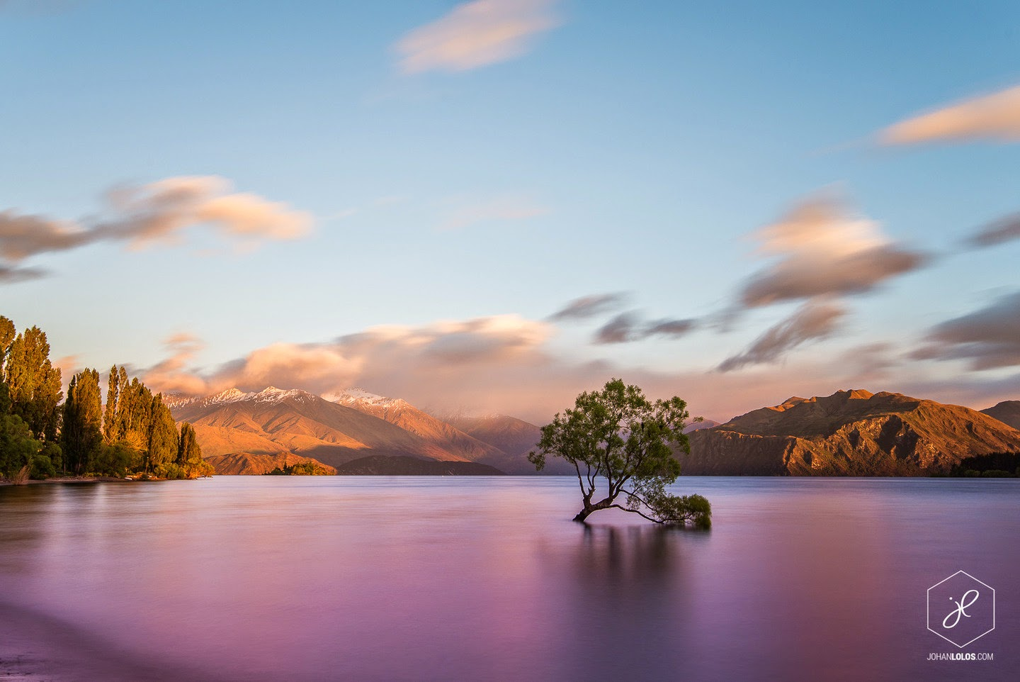 Lake Wanaka - He Traveled Around New Zealand In A Camper Van… This Is What He Saw.