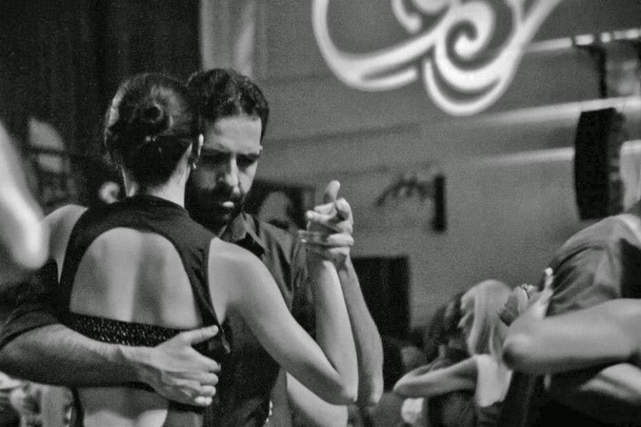 http://misgafasdeverlavida.wordpress.com/2014/12/29/la-libertad-del-tango-con-domingo-rodriguez/