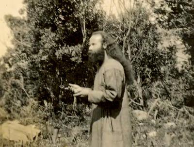Ο άγιος Πορφύριος νεαρός Μοναχός
