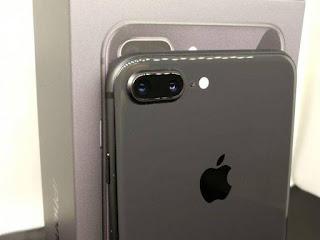 Apple selidiki kasus baterai kembung pada iPhone 8 Plus