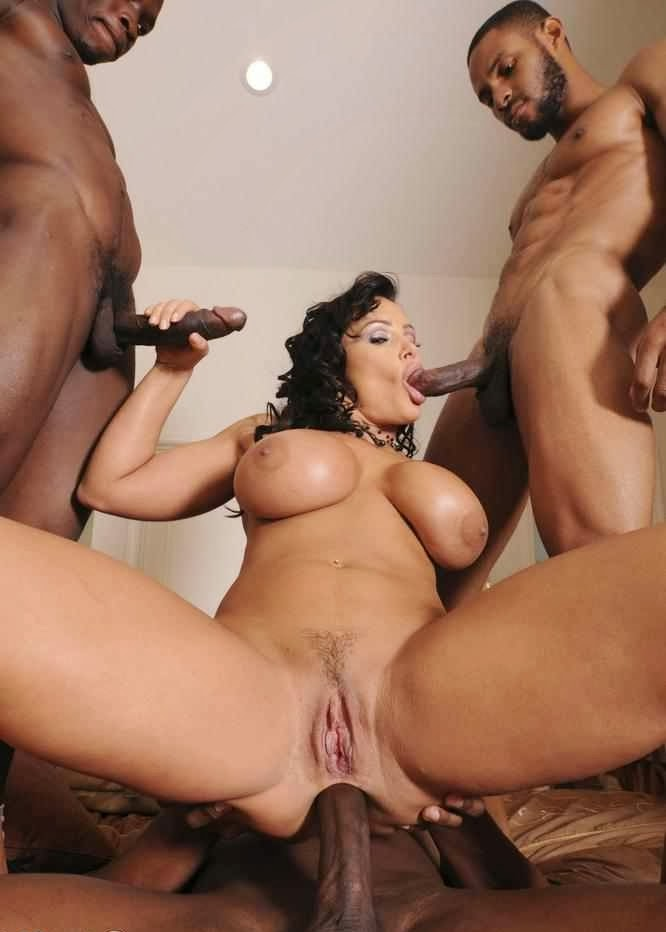 Busty Latina Milf Worship
